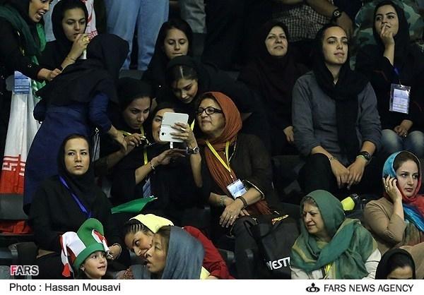 عکس/ بازیگران زن در استادیوم آزادی