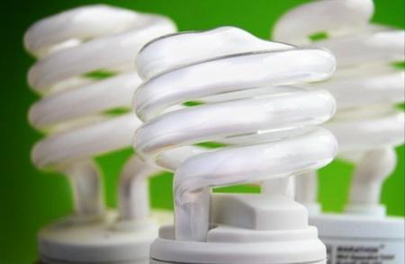 چرا استفاده از لامپ کم مصرف بهتر است