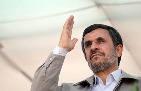 احمدینژاد در آخرین سفر خود در قامت ریاستجمهوری عازم بغداد شد