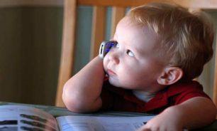 آیا برای بچهها باید موبایل بخریم؟