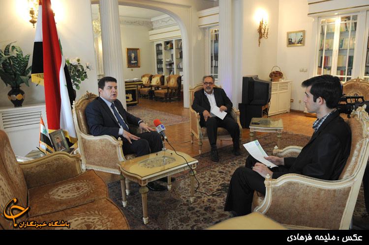 حضور هيئت بلندپايه سوري در مراسم تحليف رئيسجمهور منتخب/حزبالله بايد در جنگ القصير دخالت ميكرد
