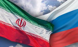 ايران و روسيه بعنوان دو قدرت منطقه اي همواره روابط دوستانه ای با يکديگر داشته اند