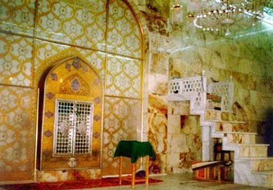 تصویر محرابی که امام علی(ع) در آن ضربت خوردند