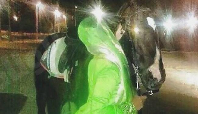 بوسه بر اسب و غیرتمرد عربستانی!+عکس