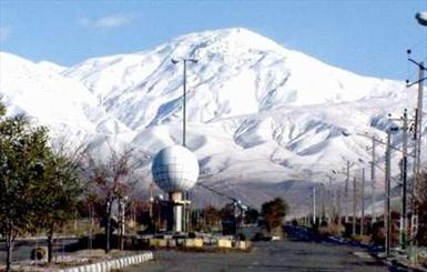 بارش اولین برف پاییزی در ارتفاعات بندر شرفخانه و میشو آذربایجان شرقی