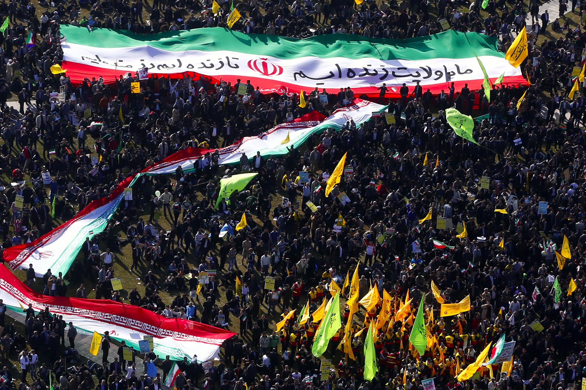انقلاب اسلامی ایران، حرکتی مسالمتآمیز، الگویی کارآمد