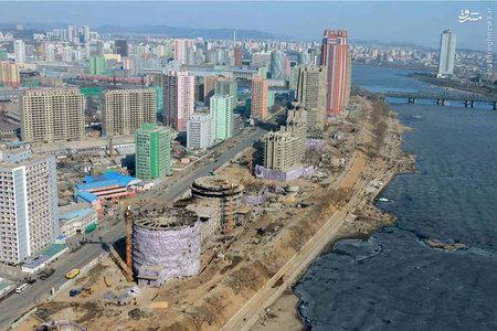 عکس/ نحوه بازدید رهبر کرهشمالی از یک پروژه