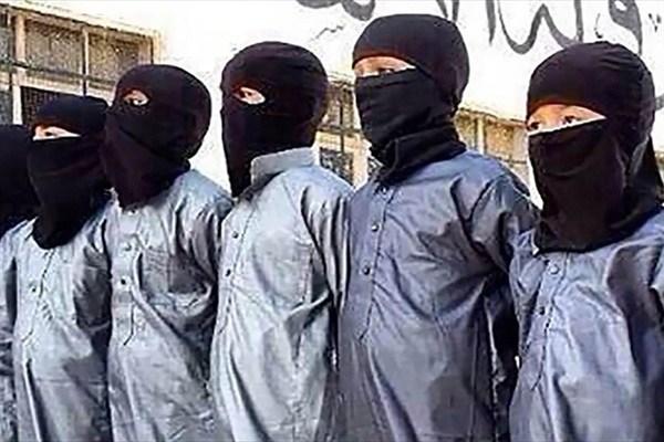 استفاده داعش و طالبان از فیلمهای غیراخلاقی برای آموزش کودکان انتحاری! +تصاویر