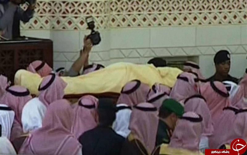 آغاز مراسم بیعت با پادشاه و ولیعهد عربستان سعودی/ پیکر «ملک عبدالله» در گورستان «العود» ریاض دفن شد+ پیامهای تسلیت و تصاویر