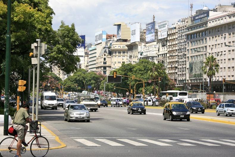 عریض ترین خیابان جهان + تصاویر