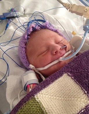 نوزاد تازه بدنیا آمده پس از مرگ دوباره زنده شد+ تصاویر