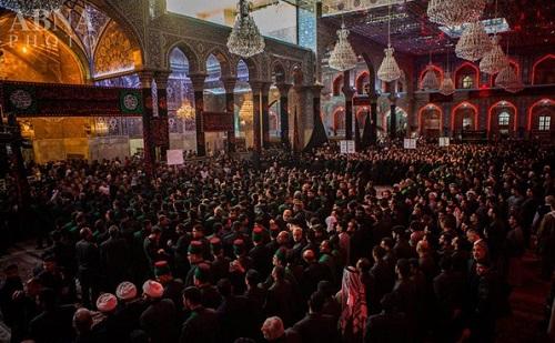 عزاداری خادمان حرمین امام حسین (ع) و حضرت عباس(ع) + تصاویر