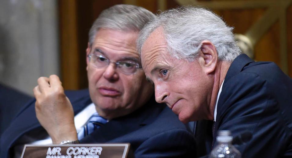 سنا بررسی قانون نظارت بر توافق هستهای ایران را به اواخر فروردینماه موکول کرد
