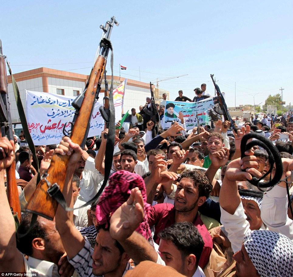 ثبت نام داوطلبان اعزام به سوریه و کربلا برای حفاظت از حرم اهل بیت (ع)