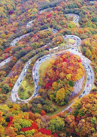 زیباترین جاده های ایران ( +عکس)