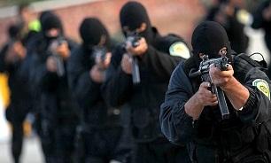درگیری مسلحانه پلیس با قاچاقچیان ایرانی و پاکستانی/ سوداگران مرگ در منطقه لار غافلگیر شدند
