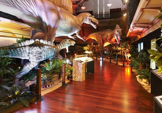 دیدار با دایناسورها در استرالیا