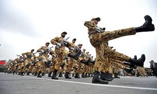 رژه ارتش جمهوری اسلامی ایران آغاز شد