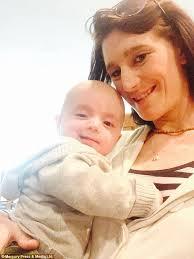 زایمان ناگهانی مادری بدون اطلاع از اینکه باردار است + تصاویر