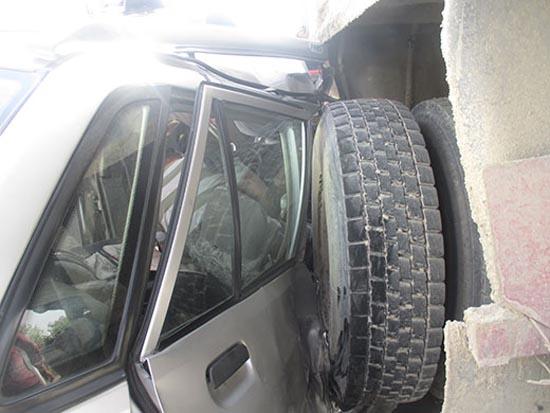 کامیون کشنده سرنشینان پراید را به کام مرگ کشاند