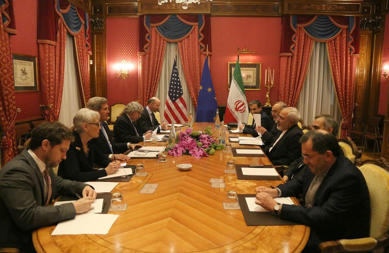 نشست مقامات ایران و آمریکا پایان یافت + تصاویر