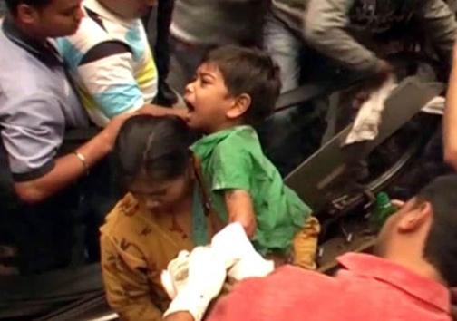 کودکی 7 ساله، قربانی پلهبرقی شد + تصاویر
