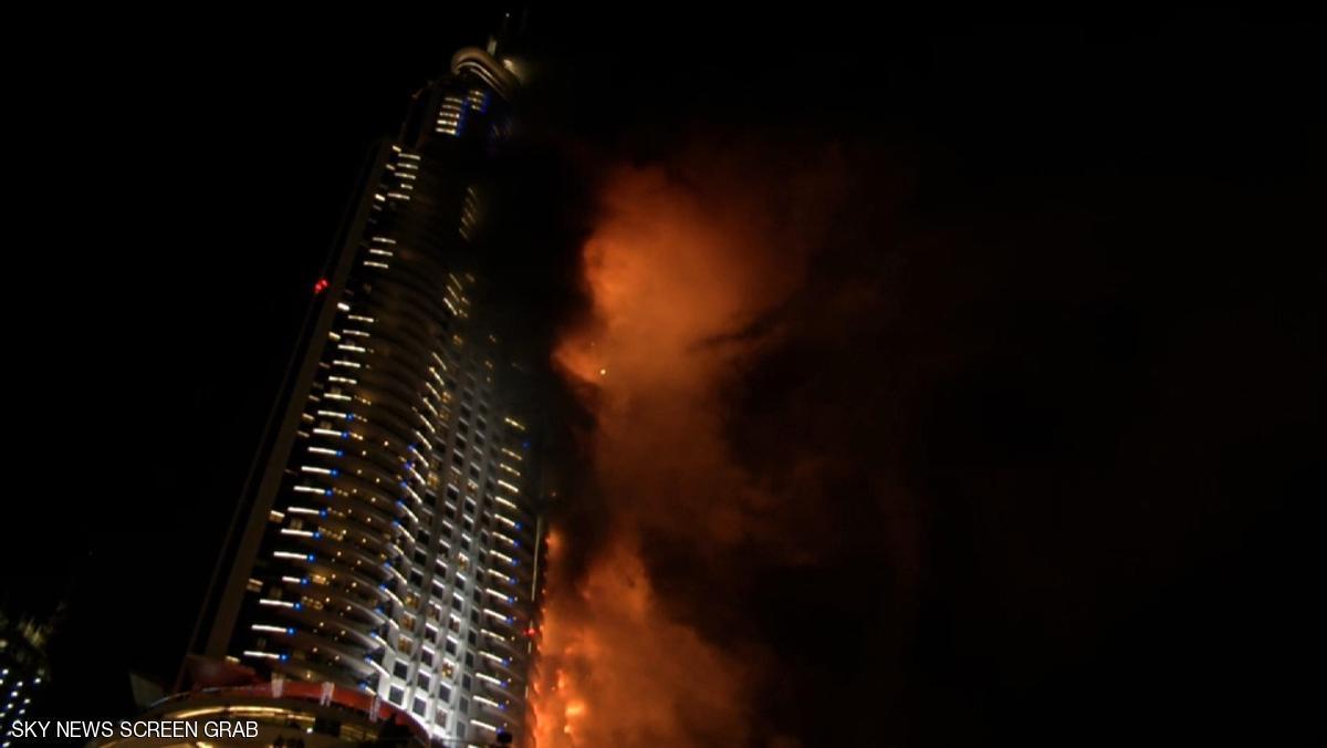 هتل 63 طبقه دبی در آتش سوخت