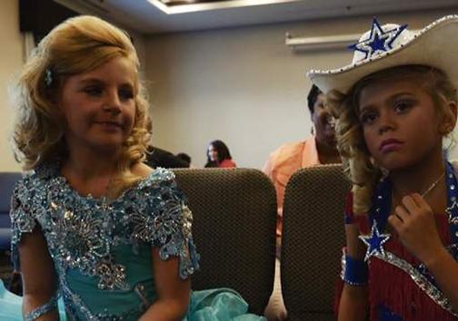 صنعت پنج بیلیون دلاریِ مسابقات زیبایی کودکان + تصاویر