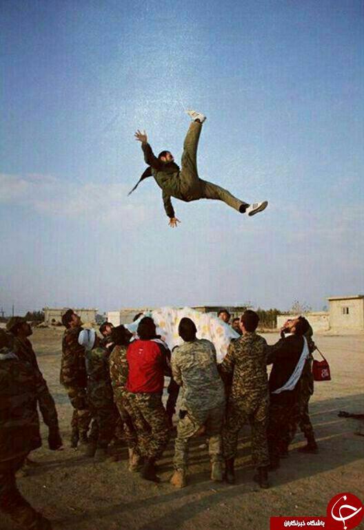 شوخی مدافعان حرم+ عکس