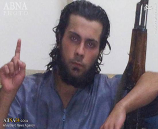 تروریست داعشی مادرش را اعدام کرد + عکس