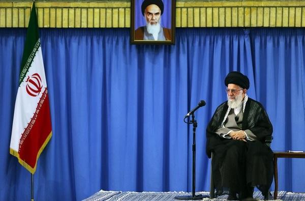 بیانات رهبر معظم انقلاب اسلامی در دیدار پرشور هزاران نفر از مردم قم
