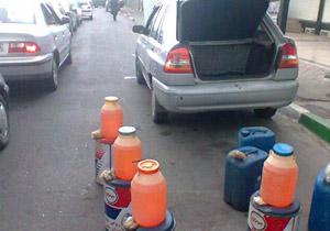 برخورد قانونی با فروشندگان بنزین دبهای/مشکلی در تامین بنزین نداریم