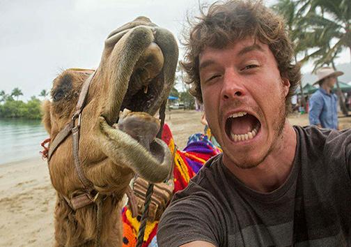فرمانروای دنیای سلفی با حیوانات! + تصاویر