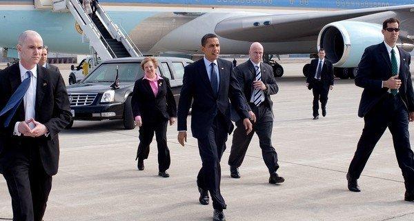 3938771 857 سرقت از محافظ شخصی اوباما در روز روشن