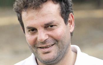 آزادی وضعیت بازیکن سابق استقلال در بیمارستان