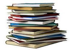 توزیع کتاب کمک آموزشی بین دانش آموزان
