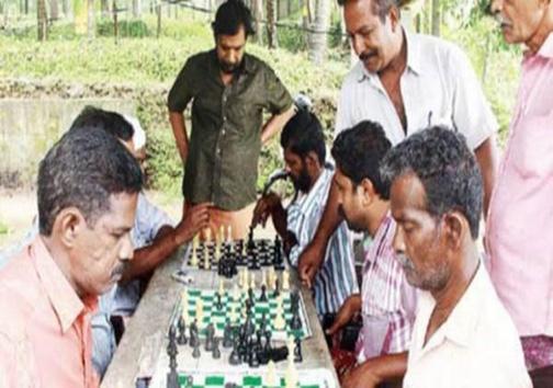 بازی شطرنج روشی برای ترک اعتیاد به مشروبات الکلی + تصاویر