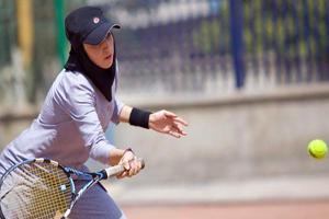 غلبه دختران تنیس ایران بر حریف ایتالیایی