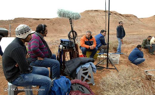 پشت دوربینیها از «بارکد» گفتند/ صحبتهای طراح صحنه، صدابردار و فیلمبردار «بارکد»