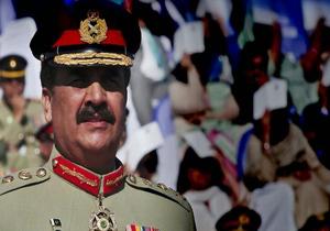 فرمانده ارتش پاکستان: ایران را از روی نقشه حذف می کنیم