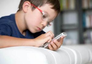 استفاده افراطی دانش آموزان از فضای مجازی و چالش های تربیتی
