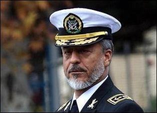 امیر سیاری از نشستن کنار نماینده نیروی دریایی آمریکا خودداری کرد