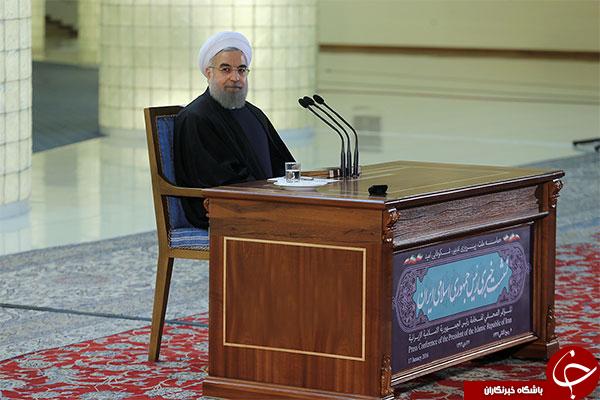 تبلت رئیس جمهور در نشست خبری + تصاویر
