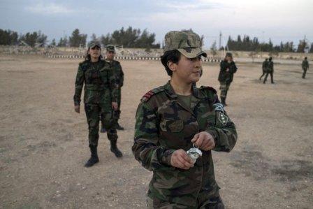 شیرزنان سوری برای نبرد با تروریستهای داعش، آموزش میبینند + تصاویر