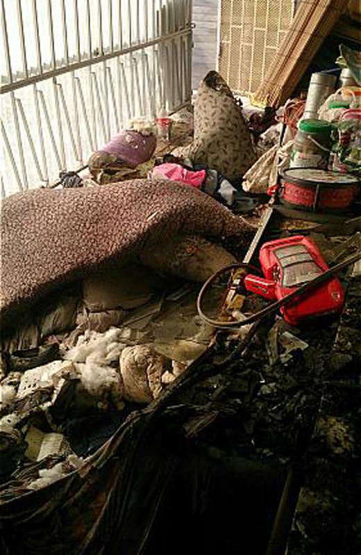 بی احتیاطی منزل مسکونی را به آتش کشید