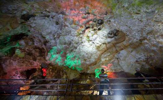«قوریقلا»؛ غاری با آبشارهایی در عمق 2700 متری زمین