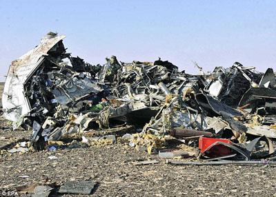 ادعای دیلی میل: پوتین در سقوط هواپیمای مسافربری روسیه نقش داشت+ تصاویر