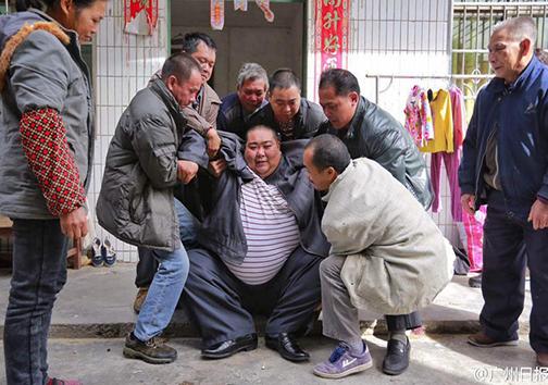 چاقترین مرد چین + تصاویر