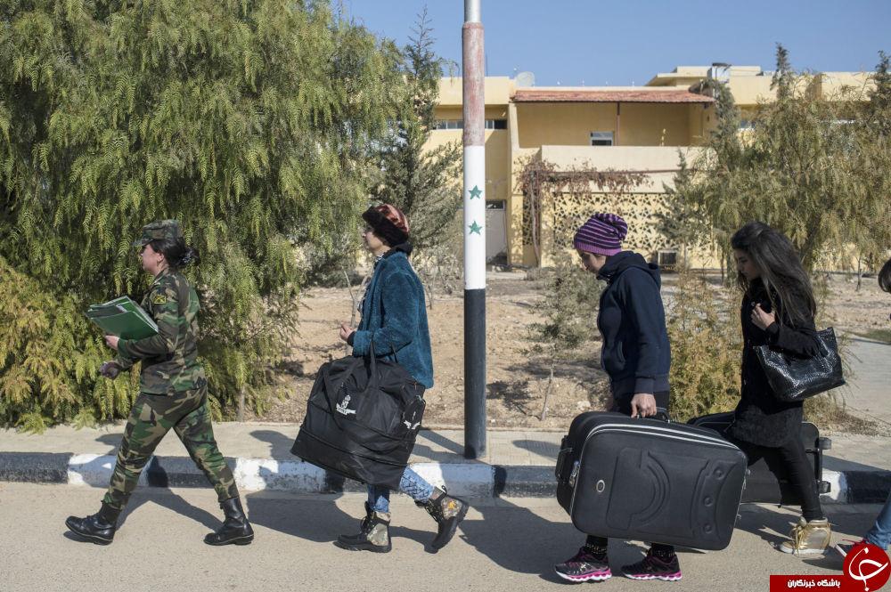 زنانی مردتر از مرد/زنان ارتش سوریه پا به پای مردان میجنگند+تصاویر