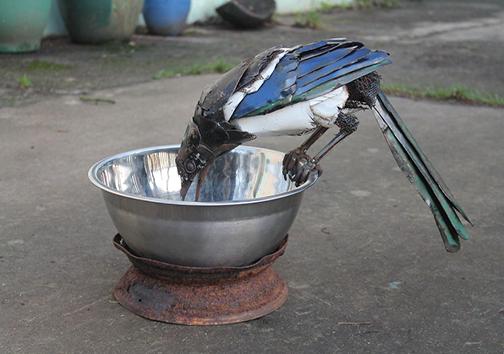حیوانات ساختهشده از انواع وسایل آهنی + تصاویر